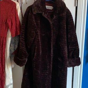 Gorgeous plush faux fur coat